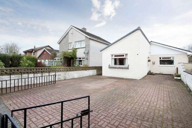 4 Bedrooms Bungalow for sale in Regent Street, Kincardine, FK10 4NN