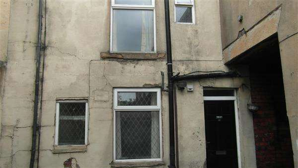 1 Bedroom Property for sale in George Street, Heckmondwike