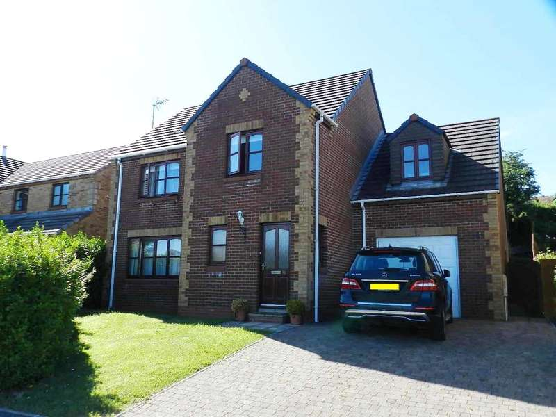 4 Bedrooms Detached House for sale in Maple Avenue, Haverfordwest, Pembrokeshire