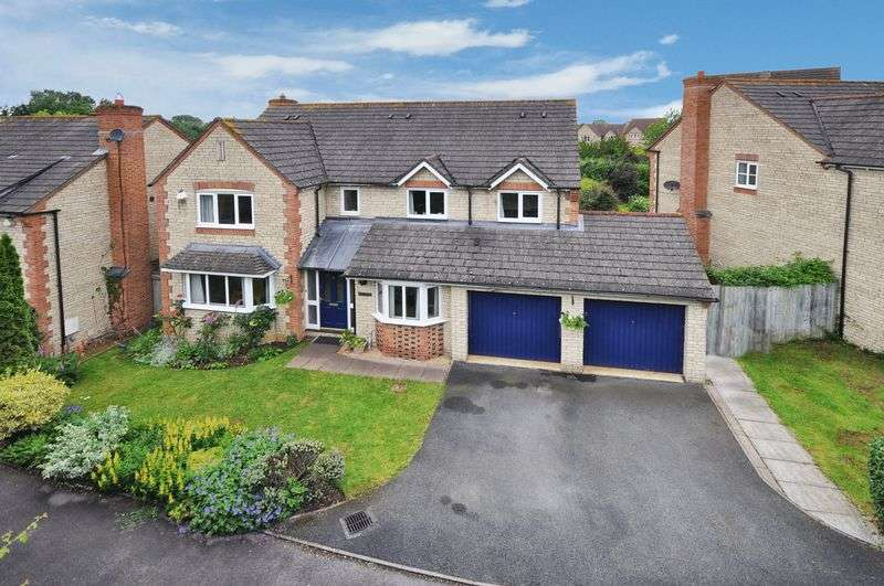 5 Bedrooms Detached House for sale in Lucerne Avenue, Bicester