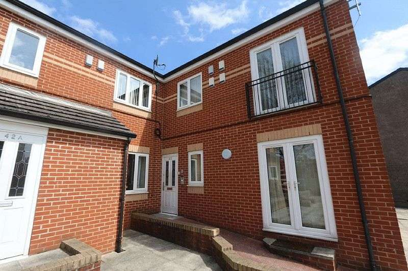 1 Bedroom Flat for sale in Cecil Road, Manchester