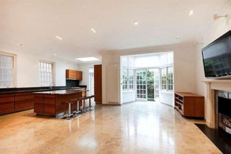 6 Bedrooms House for rent in Hamilton Terrace, St John`s Wood, NW8 9RE