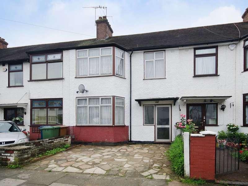 3 Bedrooms Terraced House for sale in Byron Road, Harrow Weald, HA3