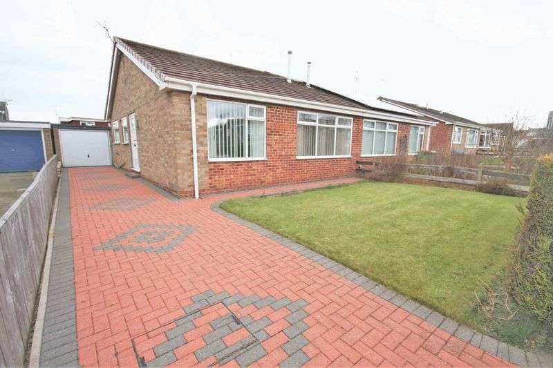 2 Bedrooms Semi Detached Bungalow for sale in Cromwell Avenue, Loftus ***WITH MEDIA TOUR***