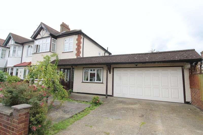 4 Bedrooms Semi Detached House for sale in Carlton Crescent, Cheam