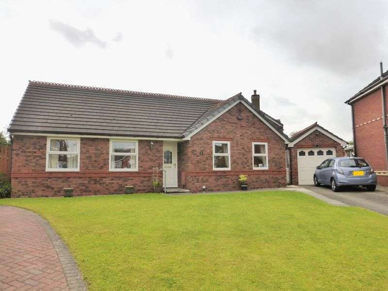 3 Bedrooms Detached Bungalow for sale in Hambleton Close, Longton, Preston
