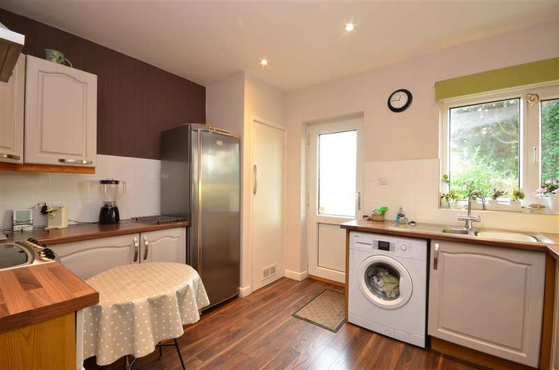 2 Bedrooms Bungalow for sale in Falmer Road, Woodingdean, Brighton, East Sussex