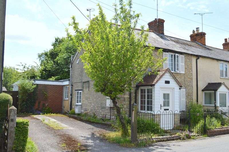 2 Bedrooms Semi Detached House for sale in Bay Road, Gillingham