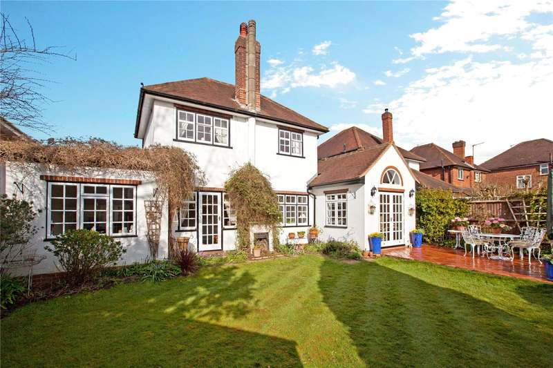 3 Bedrooms Detached House for sale in Hurstfield Drive, Taplow, Maidenhead, Berkshire, SL6