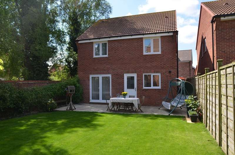 4 Bedrooms Detached House for sale in Coupland Close, Selby