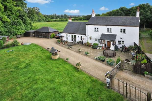4 Bedrooms Cottage House for sale in The Cottage, Little Tring, Hertfordshire