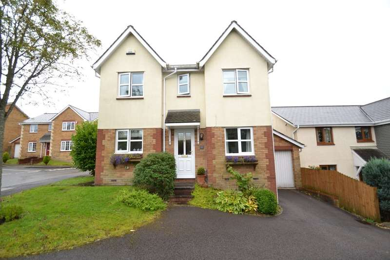 4 Bedrooms Detached House for sale in 2 Clos Castell Newydd, Broadlands, Bridgend, Bridgend County Borough, CF31 5DR
