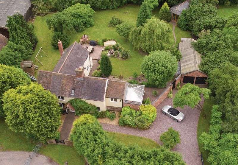 4 Bedrooms Detached House for sale in Tong Norton, Nr Shifnal / Albrighton, Shropshire