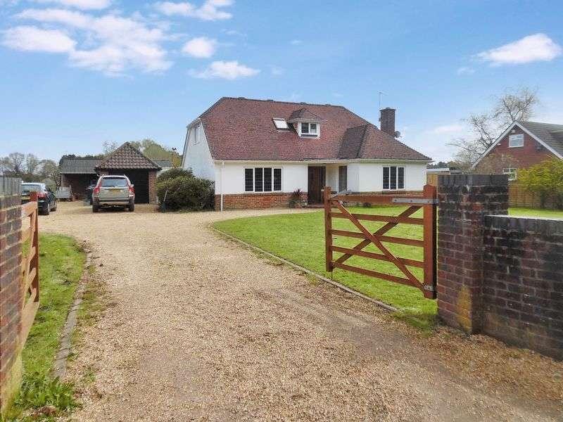4 Bedrooms Bungalow for sale in Grange Road, St Leonards