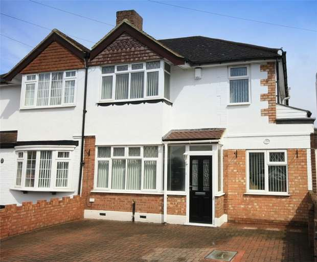 4 Bedrooms Semi Detached House for sale in Harrow Road, Bedfont, Feltham, Surrey