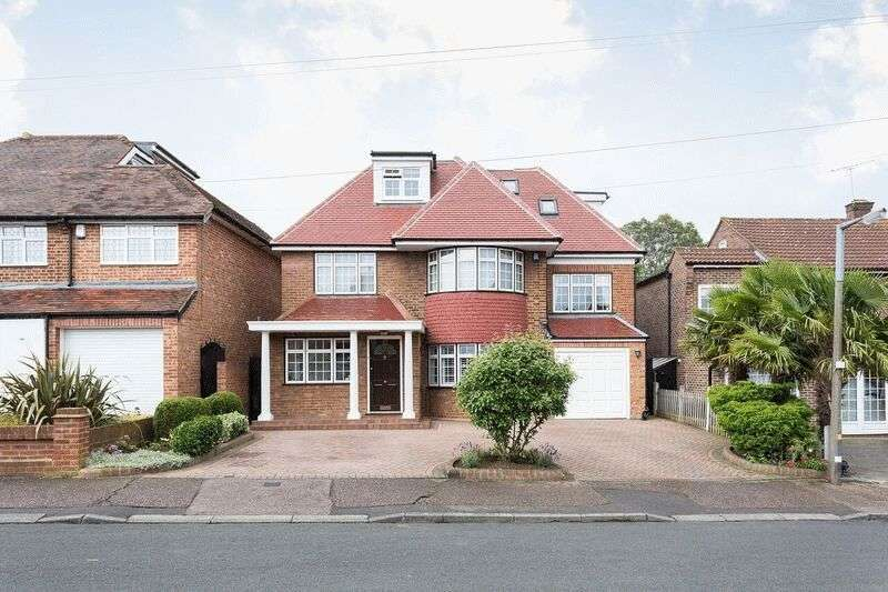 6 Bedrooms Detached House for sale in Chester Road, Chigwell