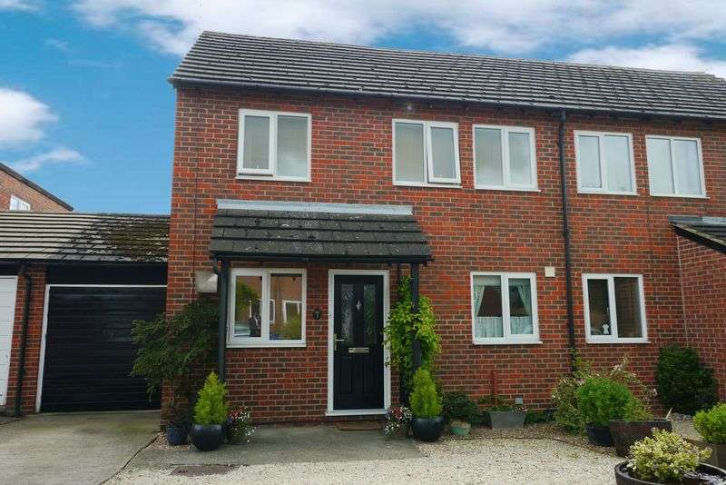 4 Bedrooms Semi Detached House for sale in QUEEN ELIZABETH CLOSE