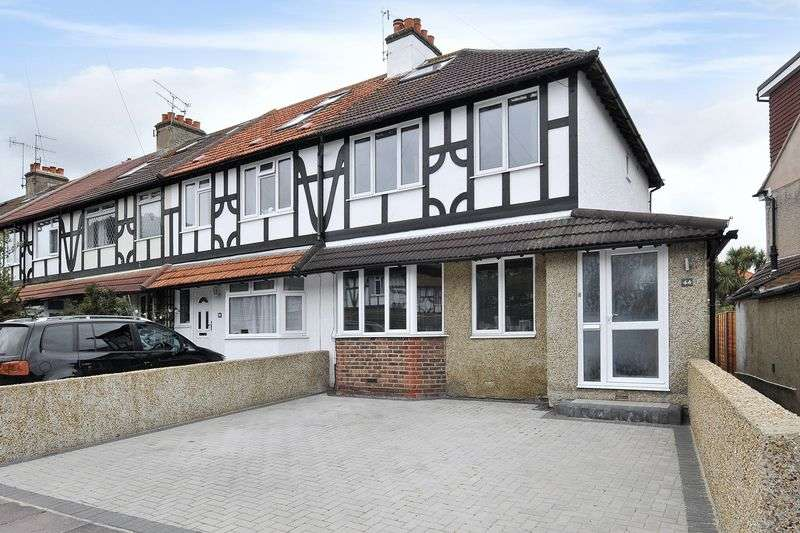 3 Bedrooms Terraced House for sale in Downlands Avenue, Worthing