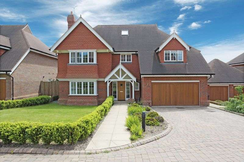 6 Bedrooms Detached House for sale in Spring Meadow, Uckfield, East Sussex