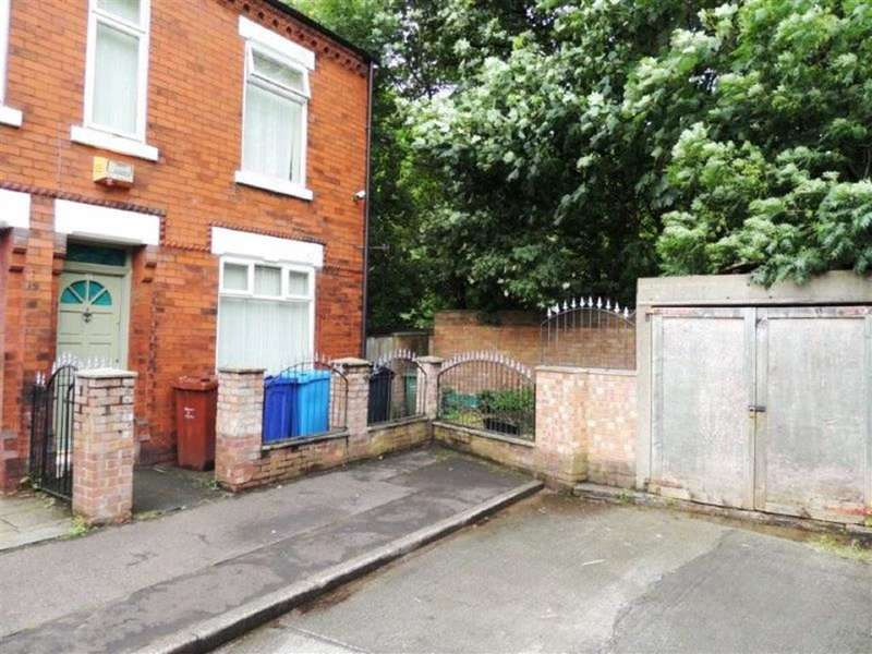 3 Bedrooms Property for sale in Milkwood Grove, Gorton, Manchester