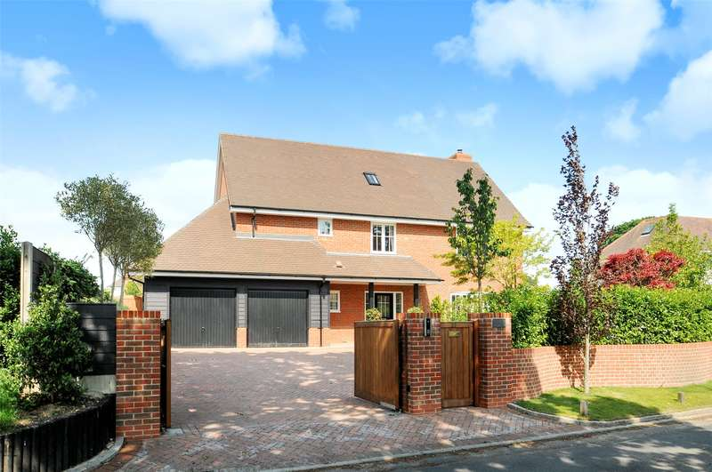6 Bedrooms Detached House for sale in Waterford Lane, Lymington, Hampshire, SO41