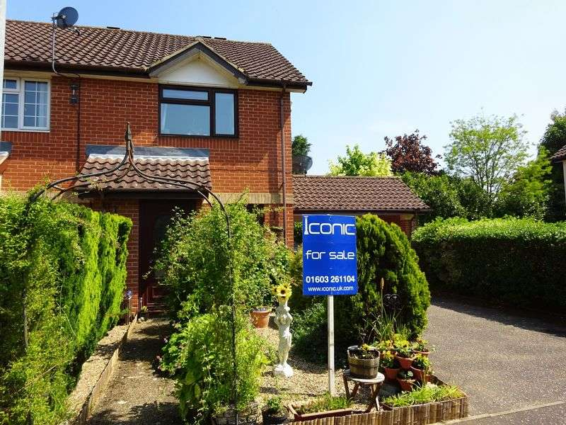 2 Bedrooms Terraced House for sale in Mulberry Court, Taverham, Norwich