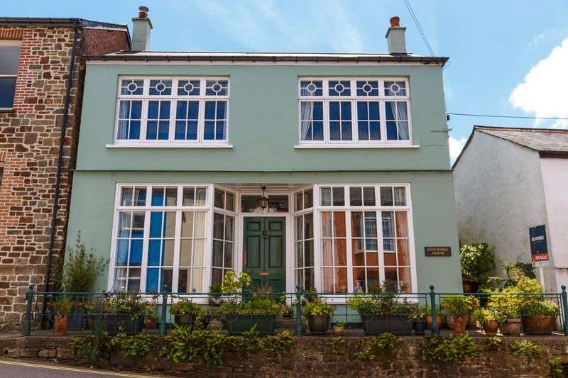 4 Bedrooms Detached House for sale in Fore Street, North Tawton