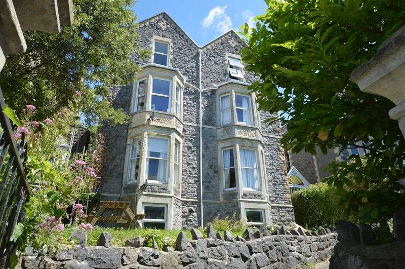 1 Bedroom Flat for sale in Mature location within walking distance of Clevedon Sea Front
