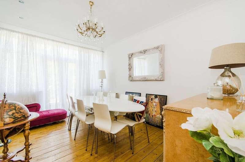 3 Bedrooms House for sale in Park Crescent, Harrow Weald, HA3