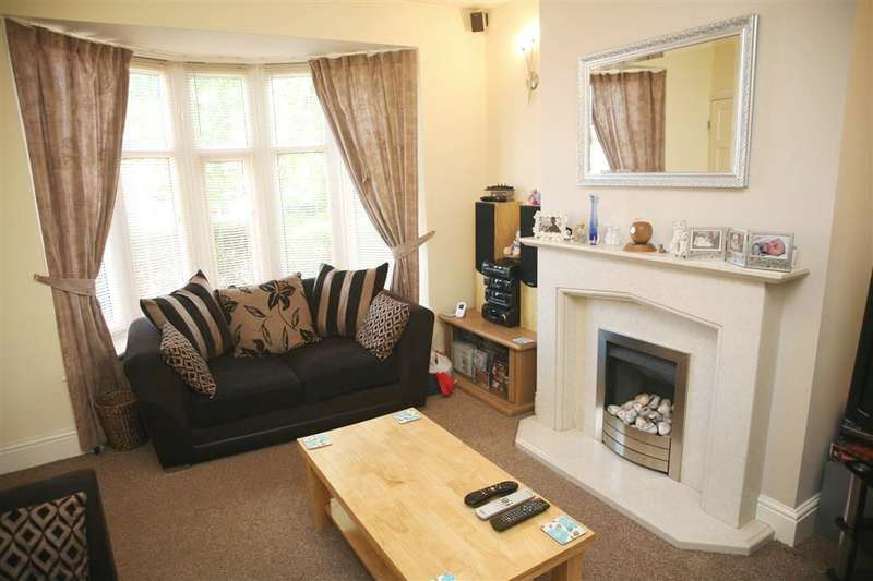 2 Bedrooms Property for sale in Lyndhurst Avenue, Knuzden Brook, Blackburn