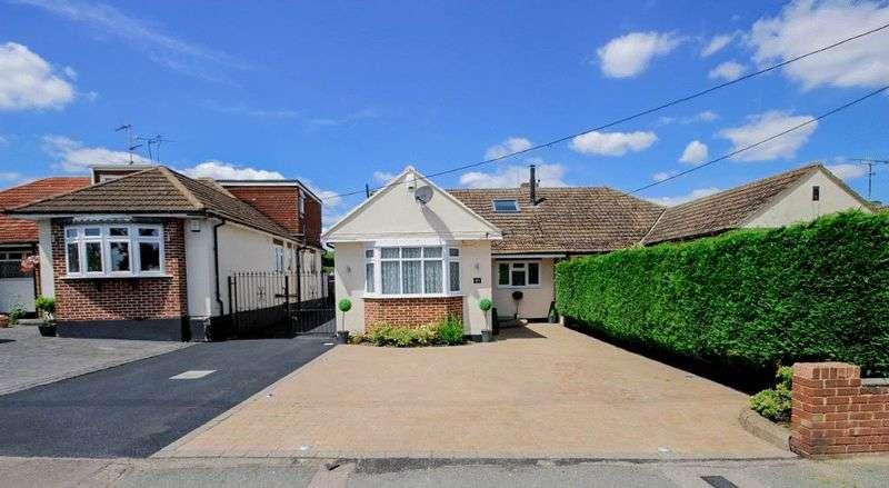 4 Bedrooms Semi Detached Bungalow for sale in Weald Bridge Road, North Weald, Essex, CM16