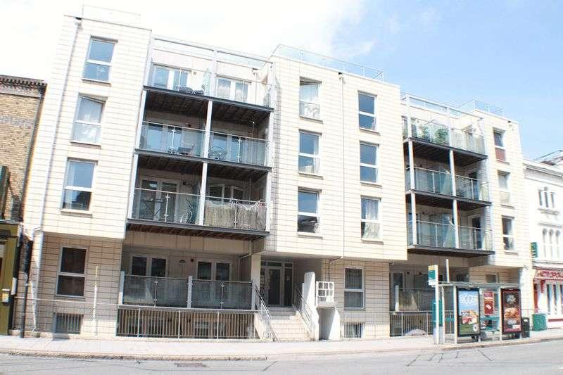 1 Bedroom Flat for sale in 6-9 Canute Road, Ocean Village