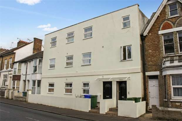 1 Bedroom Flat for sale in Grosvenor Road, Aldershot, Hampshire