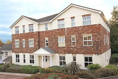2 Bedrooms Property for sale in Cotehele Drive, Paignton