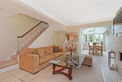 4 Bedrooms House for rent in Lamont Road, Chelsea, SW10
