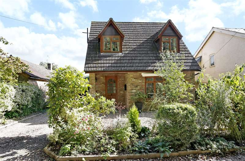 3 Bedrooms Detached Bungalow for sale in Church Path, Prestwood, Great Missenden, Buckinghamshire, HP16