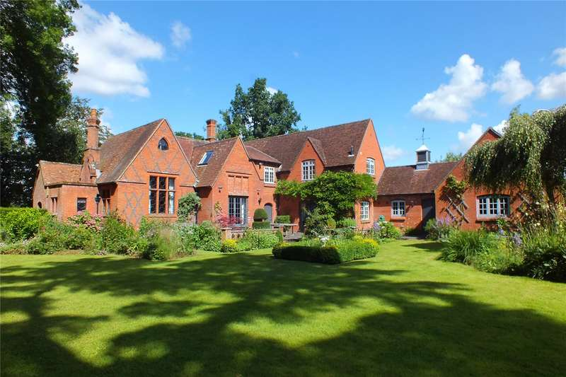 4 Bedrooms Detached House for sale in Elvetham, Nr Hartley Wintney, Hampshire, RG27