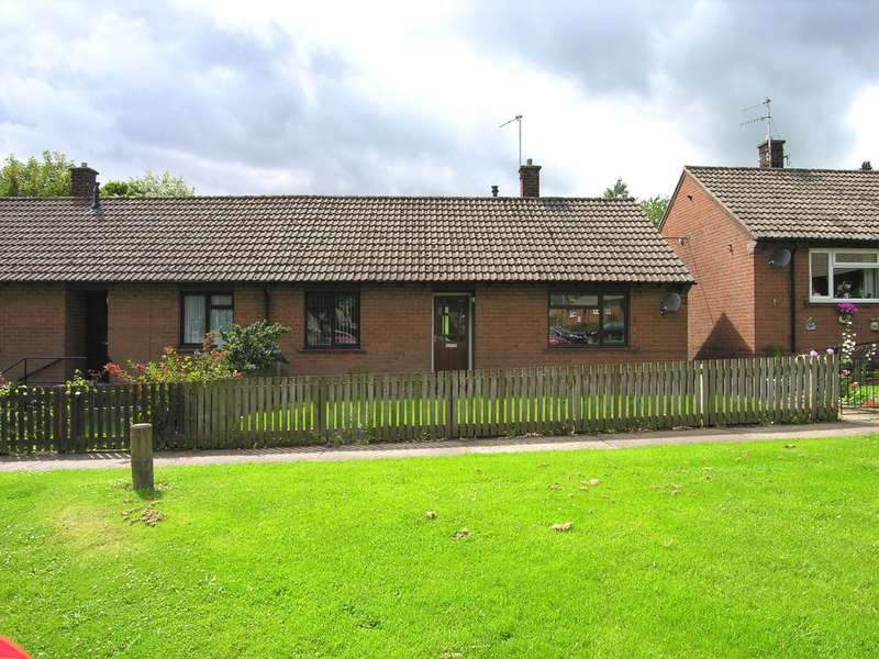 2 Bedrooms Semi Detached Bungalow for sale in 2 Addycombe Gardens