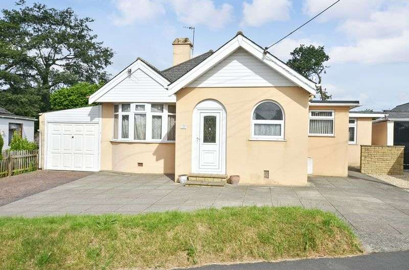 4 Bedrooms Detached Bungalow for sale in Greenbank Avenue, Kingsteignton