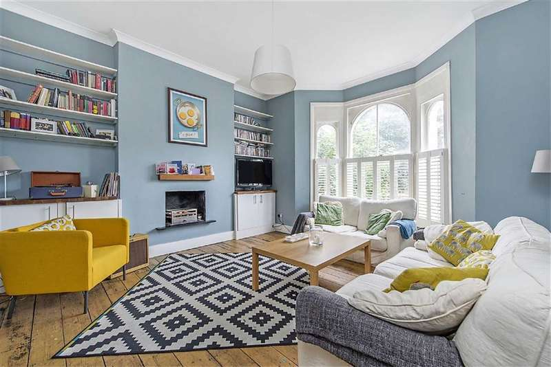 3 Bedrooms Flat for sale in Loughborough Road, LONDON