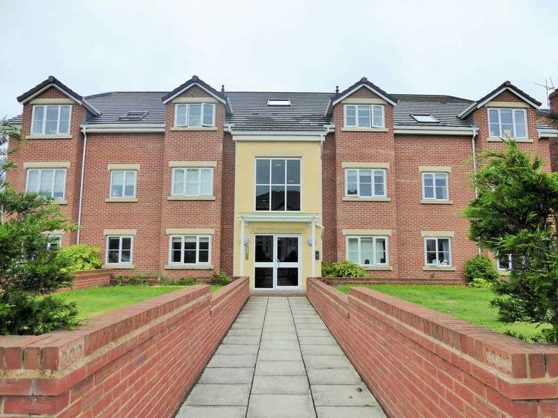 2 Bedrooms Flat for sale in Aspen Gardens, off Sussex Road, Southport