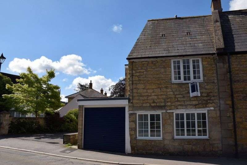 2 Bedrooms Terraced House for sale in Character Cottage near The Square in Beaminster