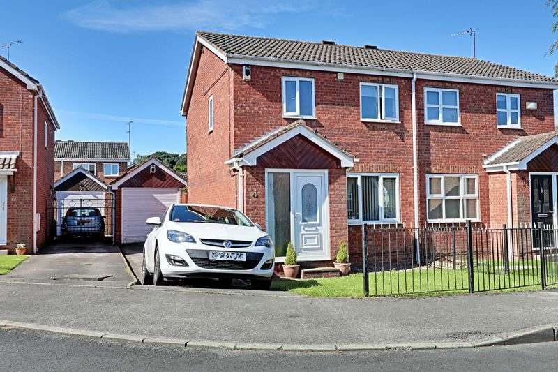 3 Bedrooms Semi Detached House for sale in Broomhead Close, Hull