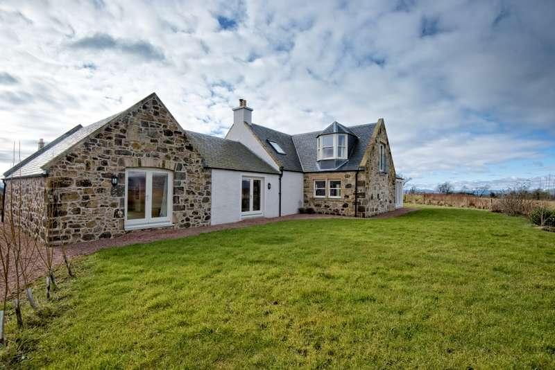 4 Bedrooms Cottage House for sale in saline, saline, Fife, KY12