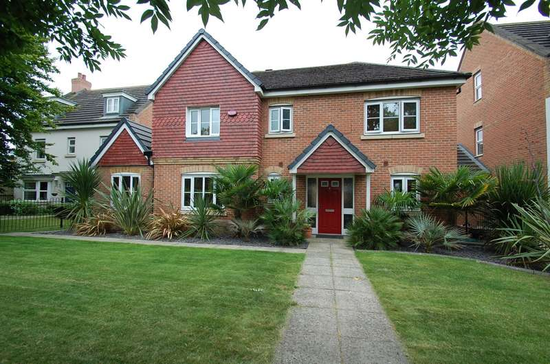 4 Bedrooms Detached House for sale in Church Lane, Wexham, SL3