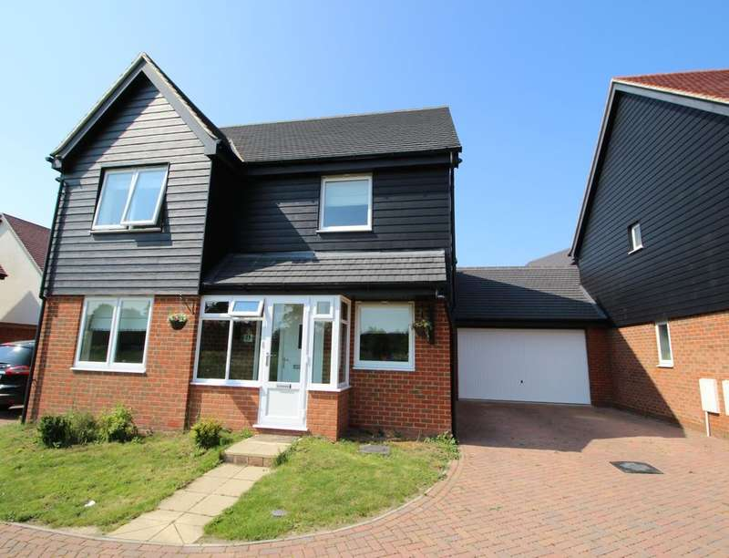 4 Bedrooms Detached House for sale in Westwood, Gravesend, DA11