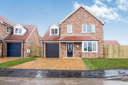 3 Bedrooms Detached House for sale in Rowan Close, Watlington, King's Lynn