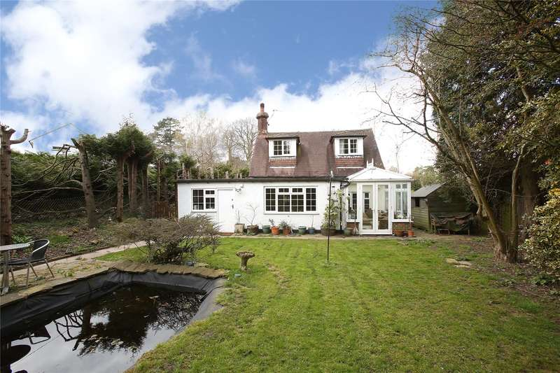 4 Bedrooms Detached House for sale in Rook Lane, Chaldon, Surrey