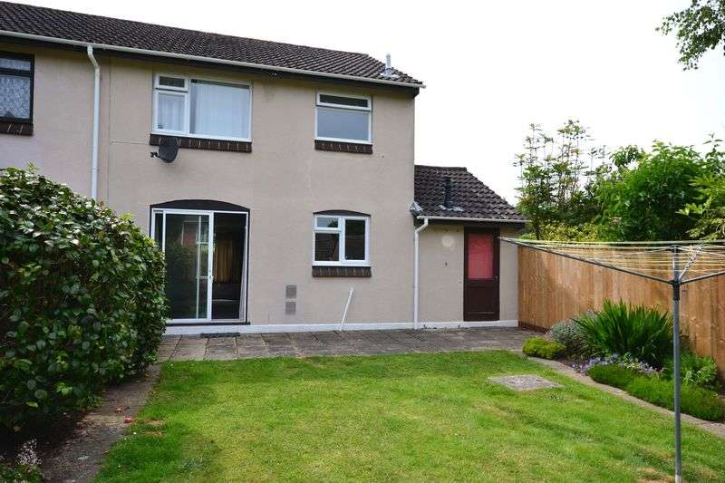 3 Bedrooms Semi Detached House for sale in Lymington, SO41
