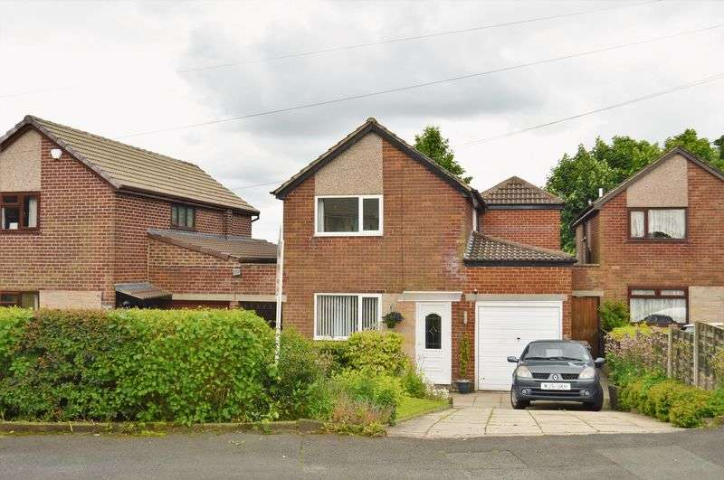 3 Bedrooms Detached House for sale in Heights Avenue, Rochdale